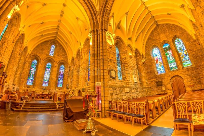 Middeleeuwse kerkhooglanden stock afbeeldingen