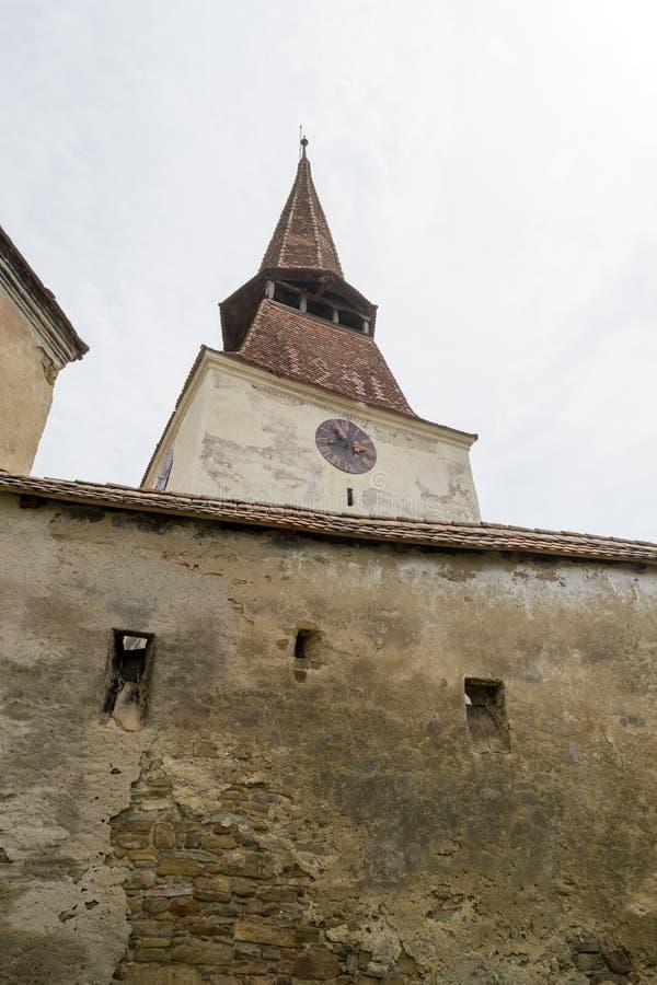 Middeleeuwse kerkklokketoren, Transsylvanië, Roemenië stock foto