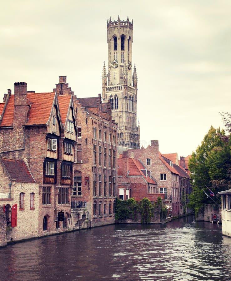 Middeleeuwse Klokketoren van Brugge stock afbeelding