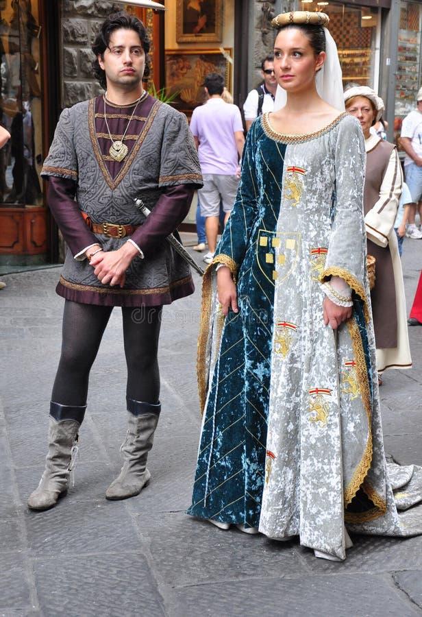Middeleeuwse parade in Italië stock afbeeldingen