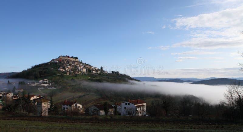 Middeleeuwse stad van Motovun stock foto's