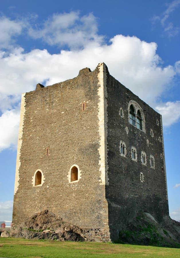 Middeleeuwse toren in Sicilië royalty-vrije stock foto's