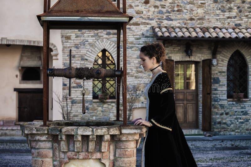 Middeleeuwse vrouw royalty-vrije stock fotografie