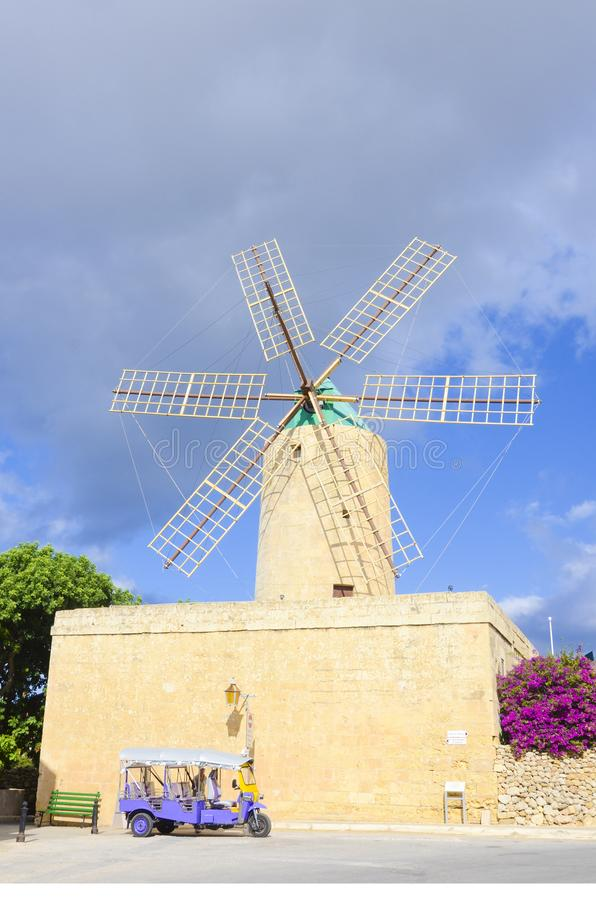 Middeleeuwse windmolen van Xaghra, Gozo, Malta royalty-vrije stock foto's