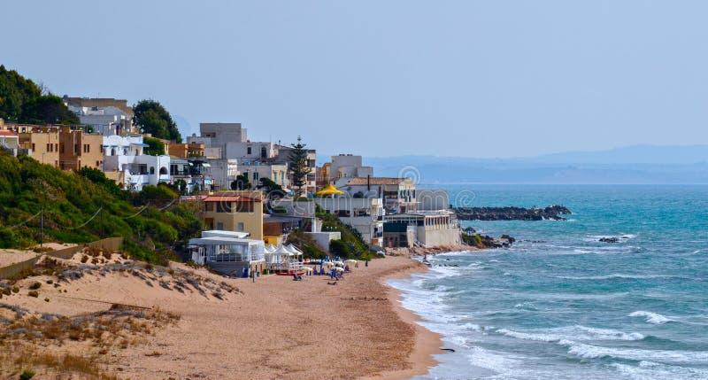Middellandse Zee Het zandstrand van Sicilië stock afbeeldingen