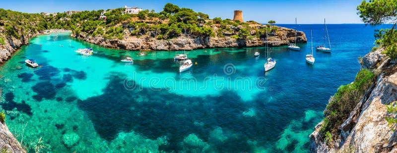 Middellandse Zee Spanje Majorca Cala Pi stock foto