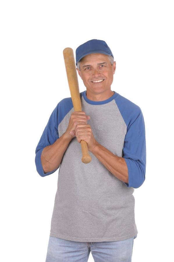 Midden oude mens klaar om honkbal te spelen royalty-vrije stock foto's