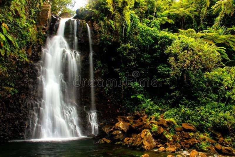 Middentavoro-Watervallen in Nationaal de Erfenispark van Bouma, Taveun stock foto's