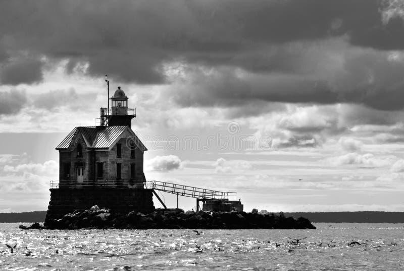 Middleground轻的康涅狄格的被困扰的灯塔 免版税库存图片