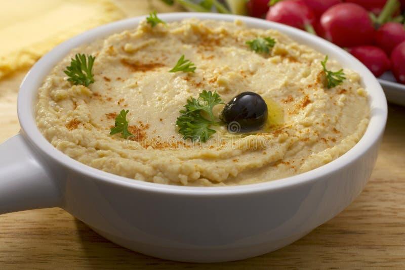 Middles mergulho oriental de Hummus ou de grão-de-bico fotos de stock