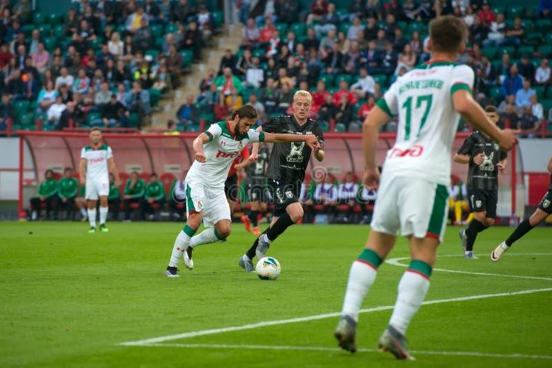Midfielder Grzegorz KRYHOVIAK 7 sobre o jogo de futebol fotografia de stock royalty free