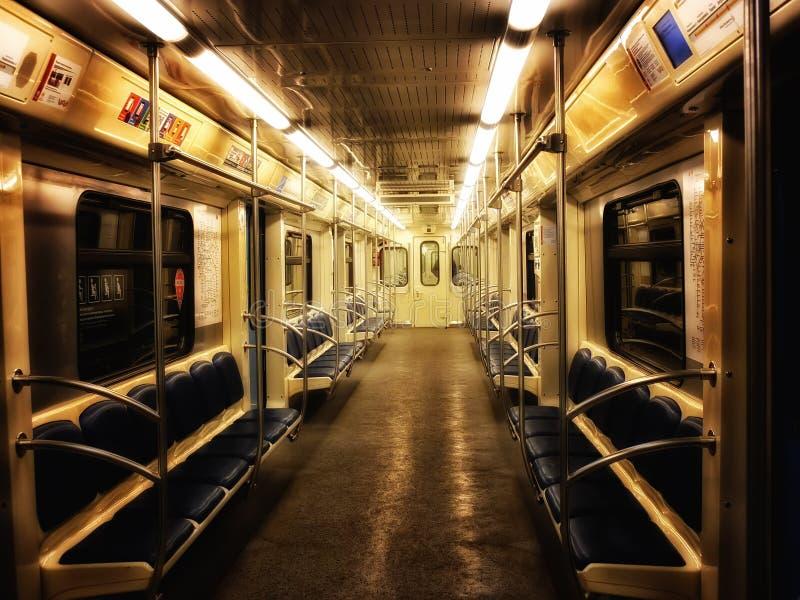 Midnatt tunnelbana royaltyfria foton