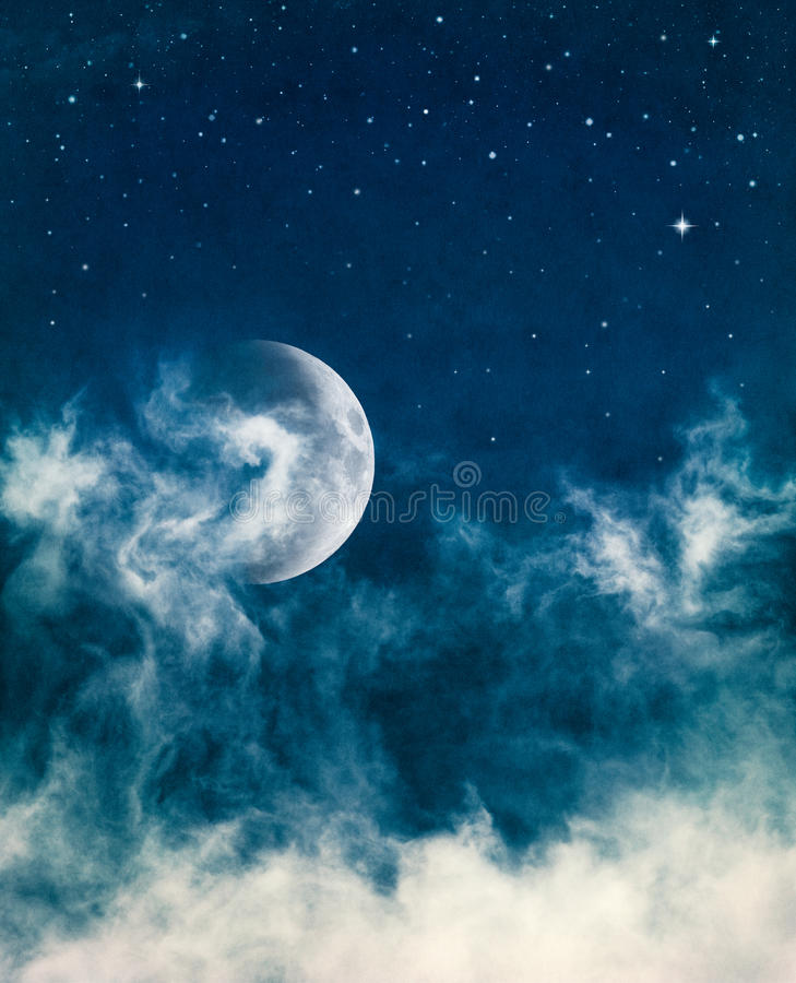 Free Midnight Fog And Moon Stock Photography - 21750572