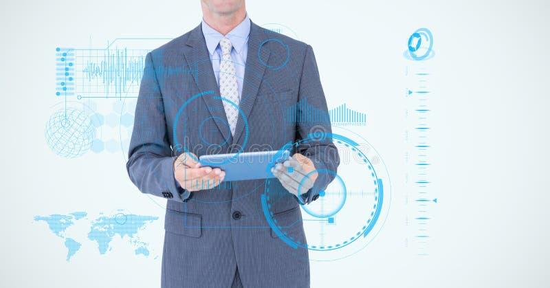 Midsection av affärsmannen som rymmer den digitala minnestavlan omgiven med symboler arkivfoto