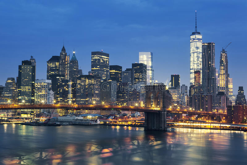 Midtown de New York City Manhattan no crepúsculo imagens de stock royalty free