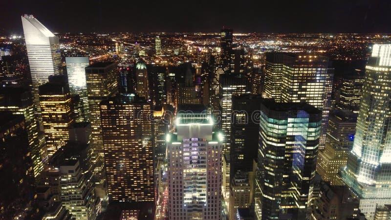 Midtown Manhattan alla notte immagine stock