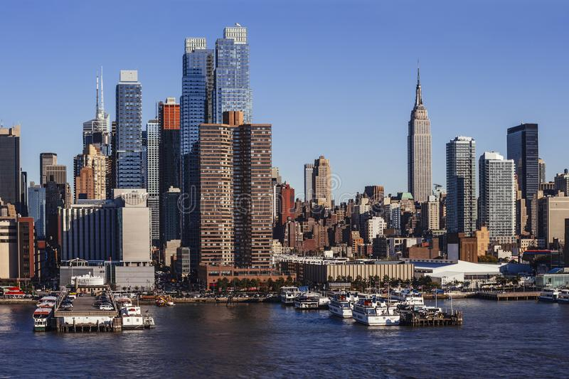 Download Midtown Manhattan Cityscape From Hudson River Stock Image - Image of cityscape, hudson: 111386071
