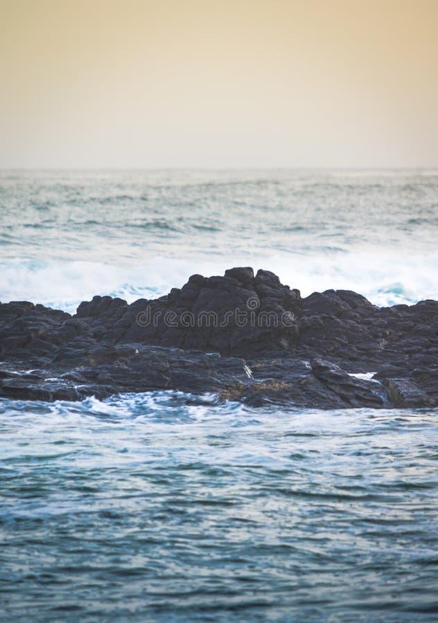 Midway skały obrazy stock