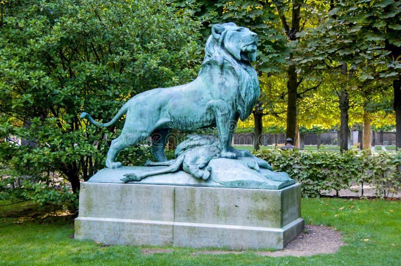 Miedziany lew w Paryż fotografia royalty free