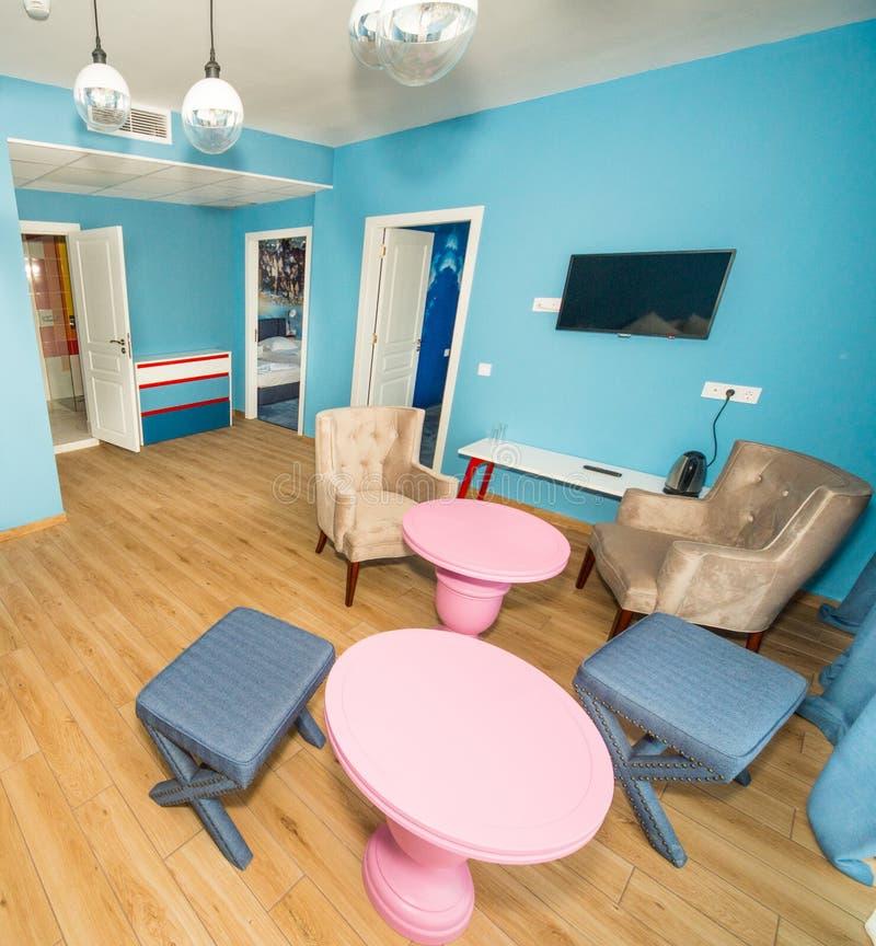 Miejsca siedzące teren w standardowych mieszkaniach w pięciogwiazdkowym hotelu w Kranevo, Bułgaria obrazy royalty free
