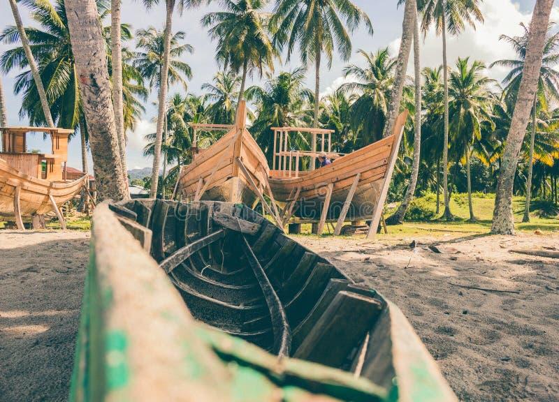 Miejsce dokąd łodzie budowali w tropikalnym miejscu obraz stock