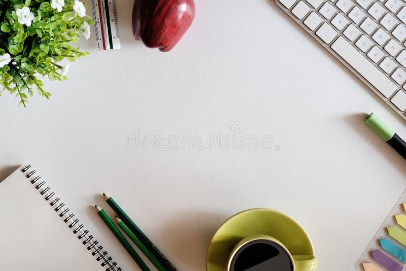 Miejsce pracy kopii przestrzeń dla teraźniejszości dodaje słowo lub produkt zdjęcie royalty free