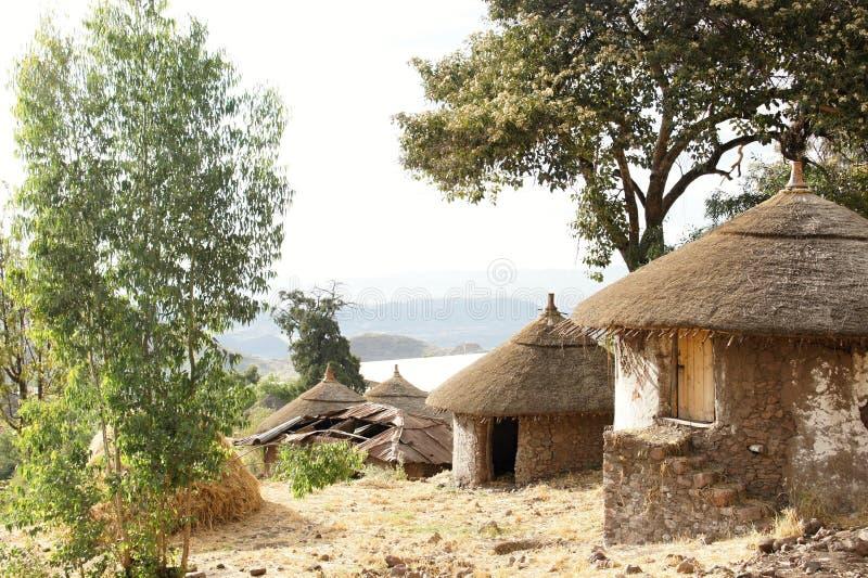 Miejscowy mieszkanie z słoma dachem w Lalibela zdjęcia stock