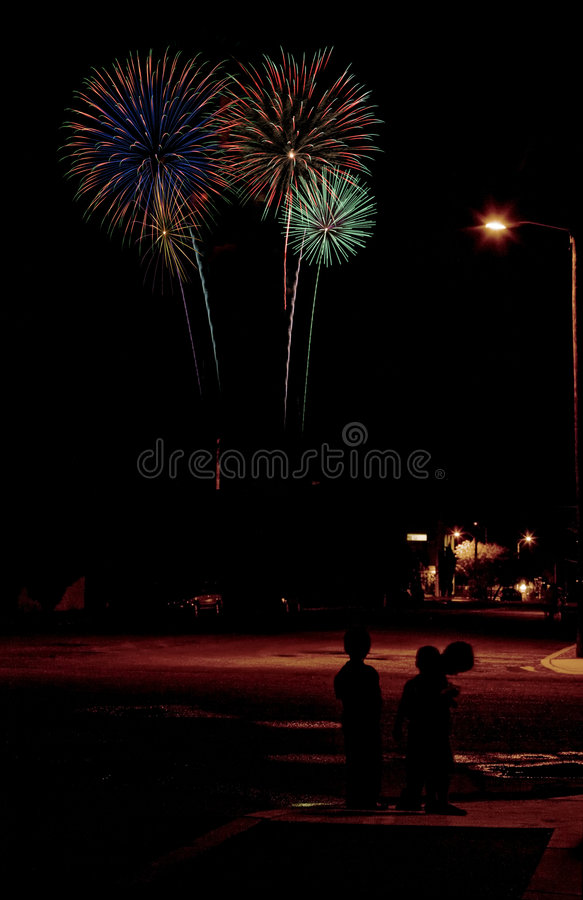 miejskie fajerwerki zdjęcia stock