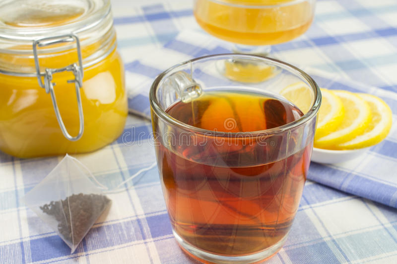 Miel, citron, thé images libres de droits