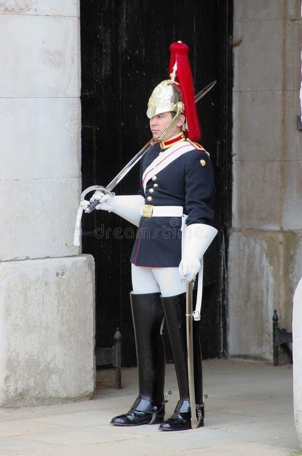 Miembro de los guardias de caballo reales en Londres fotografía de archivo