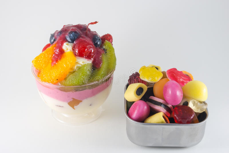 Mieszanek owoc tort i galareta obraz royalty free