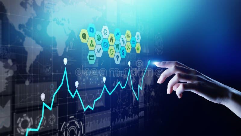 Mieszani ?rodki, business intelligence analityka Ikony, wykresy i mapy na wirtualnym ekranie, Inwestycja i handlarski poj?cie zdjęcie stock