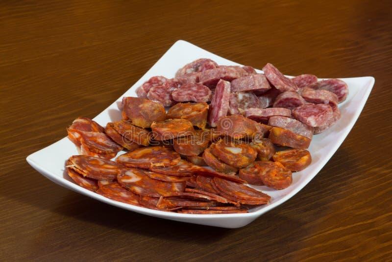 mieszanka hiszpański salami, kiełbasa i baleron, zdjęcia stock