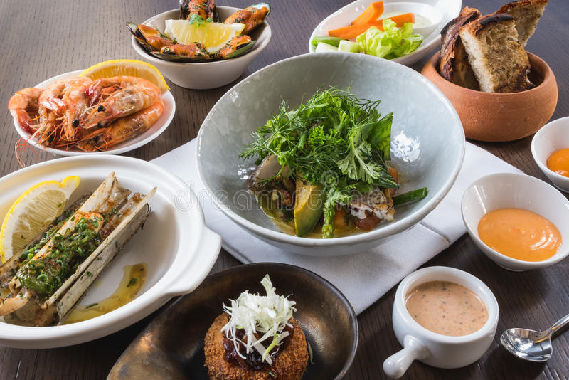 Mieszanka owoce morza Ustalony menu świeży obraz royalty free