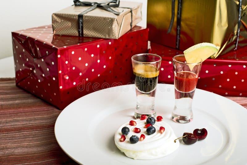 Download Mieszany owocowy deser zdjęcie stock. Obraz złożonej z czerwień - 28974548