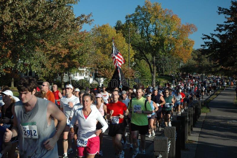 mieszkana maratonu biegacze obraz stock