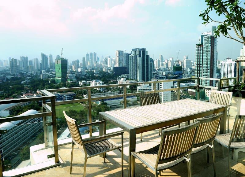 mieszkania apartament na najwyższym piętrze balkonowy nowożytny fotografia stock