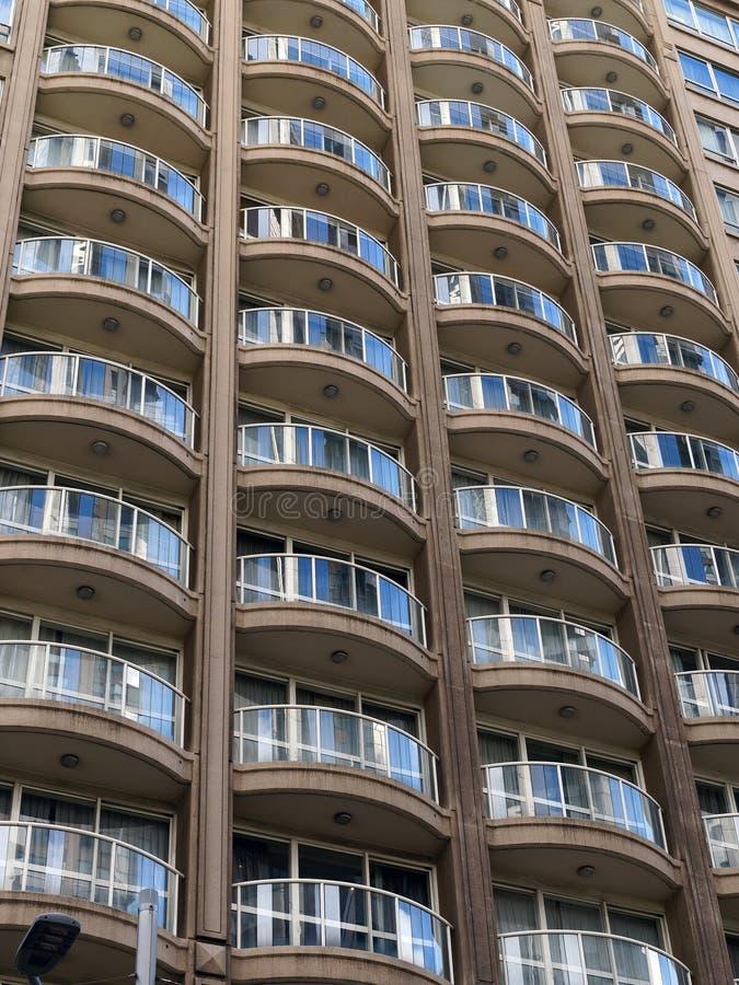 mieszkania balkonów wysoki wzrost zdjęcie stock