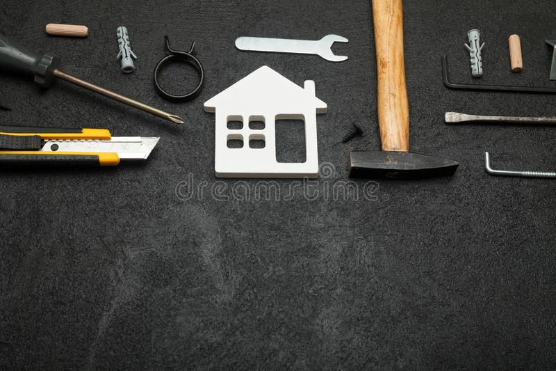 Mieszkanie naprawa, domowy budowy poj?cie Odbitkowa przestrze? dla teksta fotografia royalty free