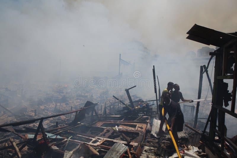 Mieszkaniowy ogienia żniwo zdjęcie stock