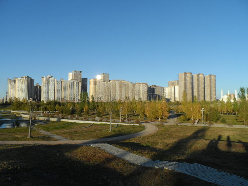 Mieszkaniowy powikłany Highvill w prezydenckim parku zdjęcia stock