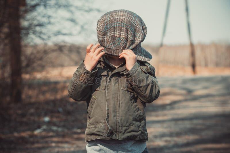 Download Śmieszny portret dzieciak obraz stock. Obraz złożonej z śmieszny - 53792479