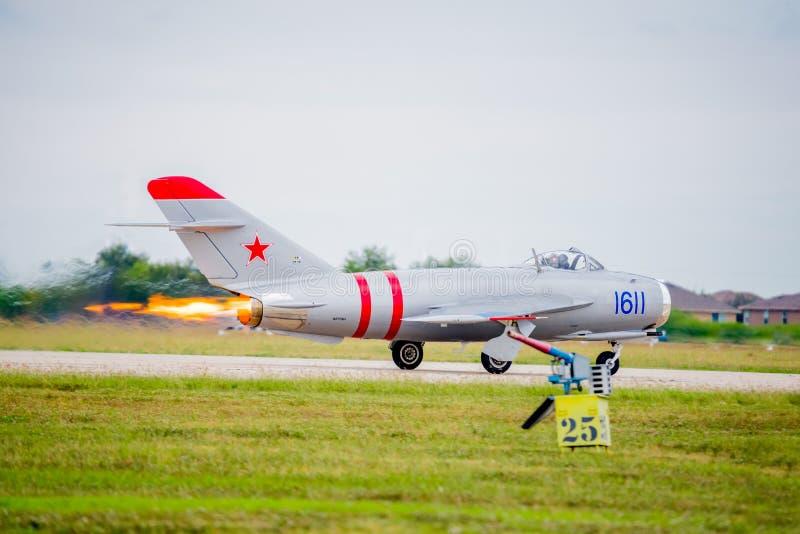 Mig-17 Folujący dopalacz na start fotografia stock