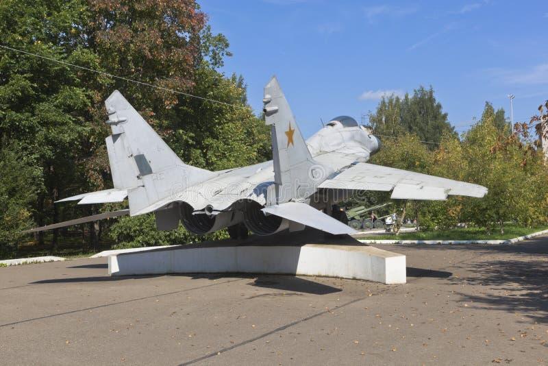MiG-29, lutador multifunções no Parque da Vitória da cidade de Vologda foto de stock royalty free