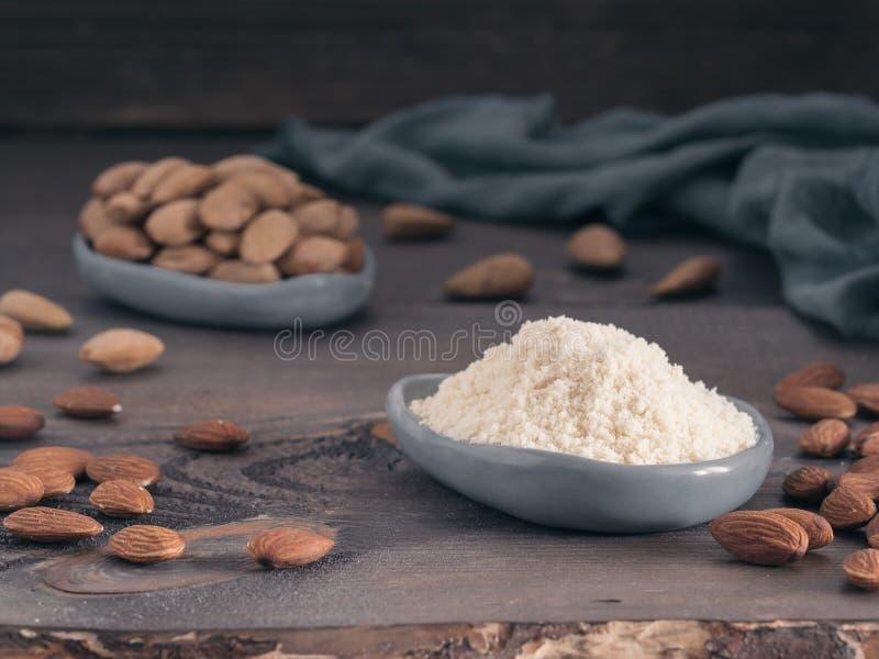 Migdału proszek lub almon mąka obrazy royalty free