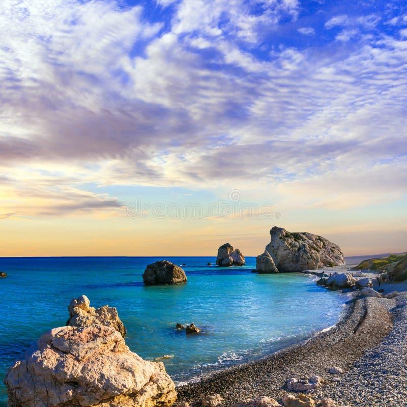 Migliori spiagge del Cipro - tou Romiou di PETRA immagini stock