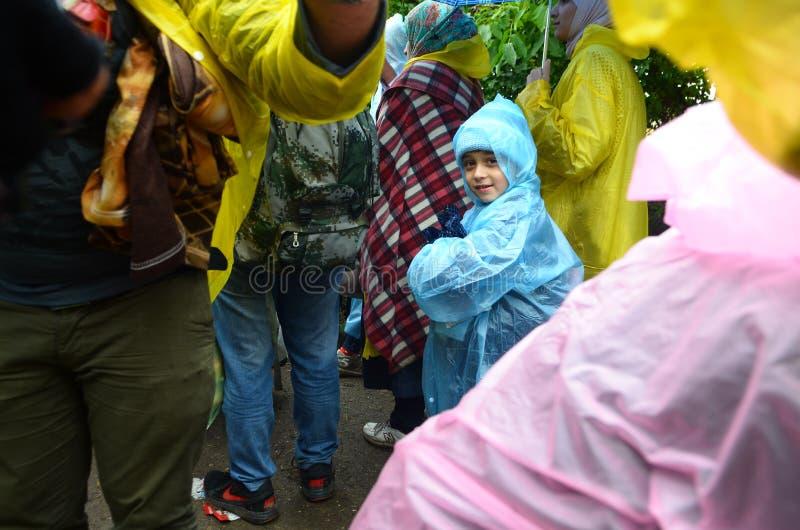 Migrants de Syrie sur la pluie images libres de droits