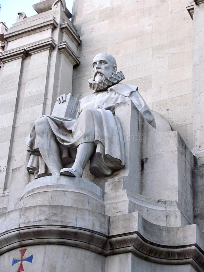 Miguel Cervantes-monument, Madrid, Spanje stock afbeeldingen
