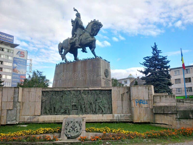 Mihai Viteazu Statue från Cluj-Napoca arkivbilder