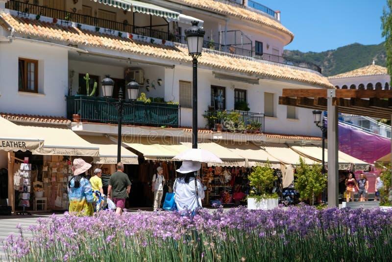 MIJAS, ANDALUCIA/SPAIN - 3 DE JULHO: Vista da Espanha de Mijas Andalucia imagem de stock royalty free